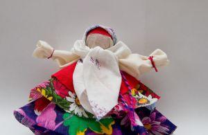 Колокольчик-куколка – оберег от плохих новостей