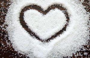 💄💋Секреты приворотов на соль: эффективные ритуалы с помощью всем известной приправы