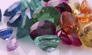 камни цветные