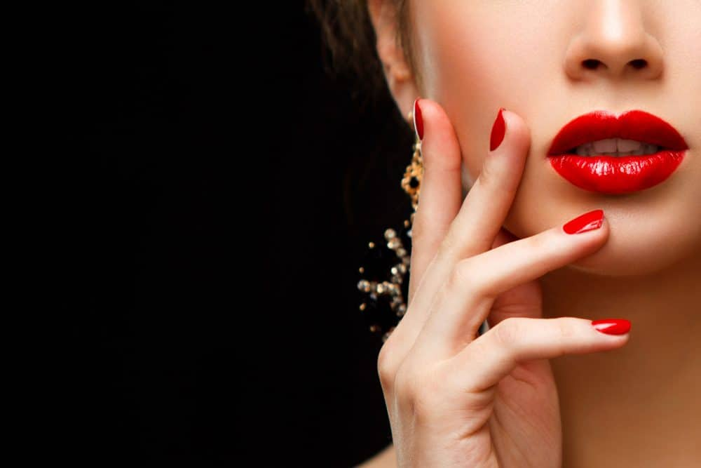 губы и ногти