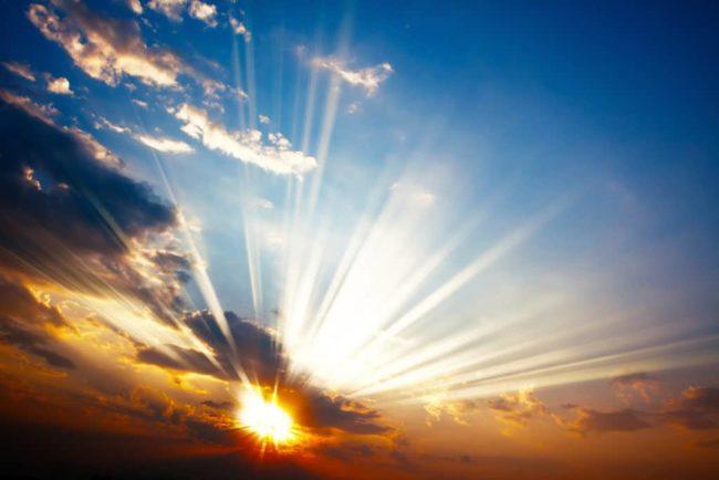 Лучи-света-и-солнца